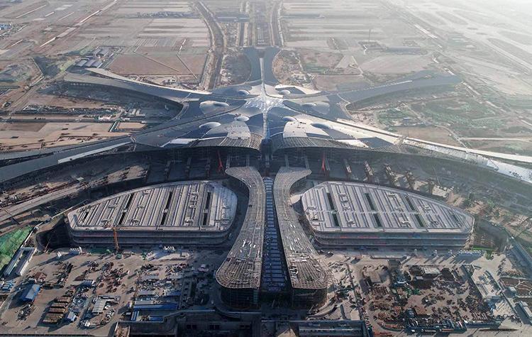 Новый аэропорт Пекина официально открыт