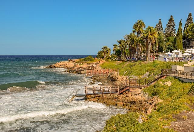 TUI отправит к 2021 году на отдых на Кипр полмиллиона россиян