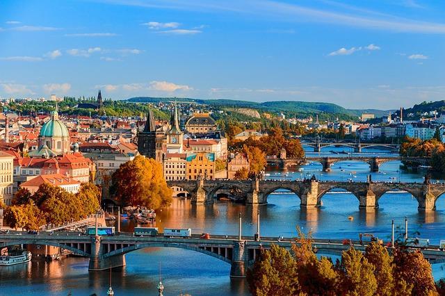 Власти РФ и Чехии договорились о снятии ограничений на авиаперелеты