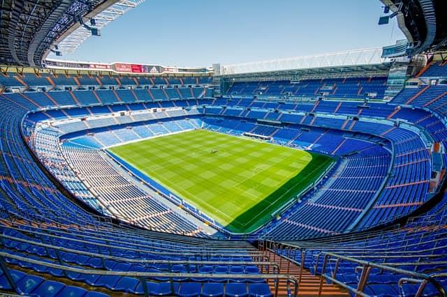 Футбольный стадион в Мадриде